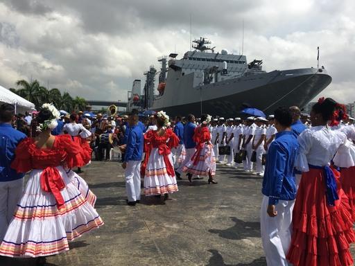 107敦睦遠航訓練支隊歡迎儀式,文化部多國傳統舞蹈表演。
