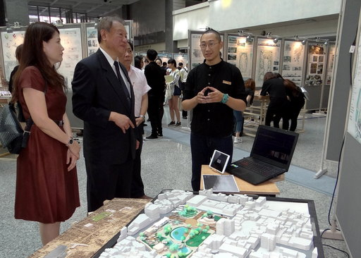 陳冠丞同學以「城界再生 / 給都市的一封反邀請函」入圍「2018青春設計節──空間設計類競賽」受矚目。