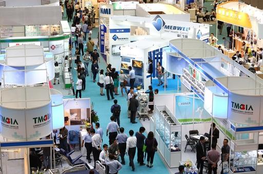 2018「台灣國際醫療展」綜合「健康」、「醫療」、「照護」三面向,集結超過400家優質廠商攜手行銷台灣醫療產業。(圖為2017年醫療展).