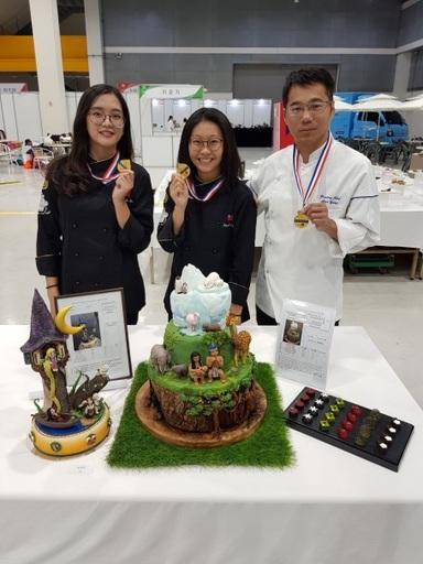 景文科大餐飲系在烘焙類組獲得3面金牌。