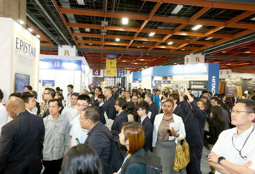 今(2018)年台灣國際照明科技展熱鬧非凡。