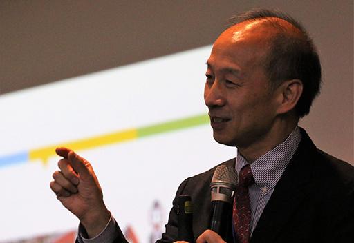 台科大周碩彥教授擔任Keynote Speaker,演講主題為「數位融合與工業4.0」。