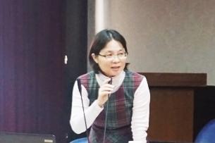 國立虎尾科技大學職涯發展中心楊閔會主任說明職輔工作推行情況。