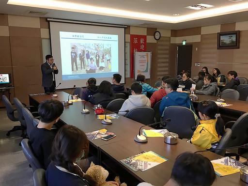 中信金融管理學院林承賢主任與中科實中同學互動有關人工智慧未來發展及趨勢