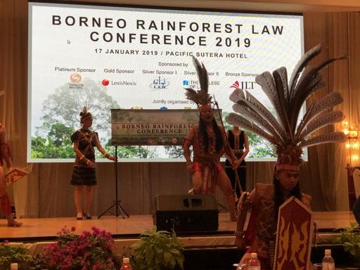 研討會開幕儀式,由當地原住民族傳統儀式開幕演出