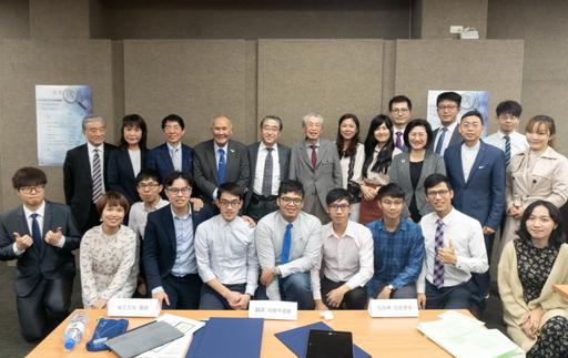 未病講座全體講師與臺大公共事務研習社學生合照