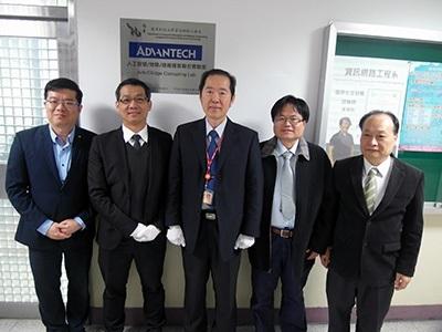 龍華科大啟用「人工智慧/物聯/邊緣運算聯合實驗室」,培育「亞洲‧矽谷」跨領域人才。