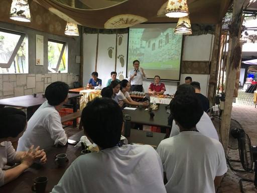 水保局台南分局傅分局長與貴賓分享農村再生成果