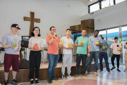 中秋迎新晚會邀請來自馬來西亞、越南、韓國、大陸、香港及拉丁美洲、加勒比海的友邦青年參加,國際學生共聚一堂