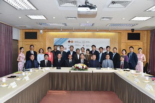文大與大陸、日本、韓國及越南12所大學簽訂學術合作後合影