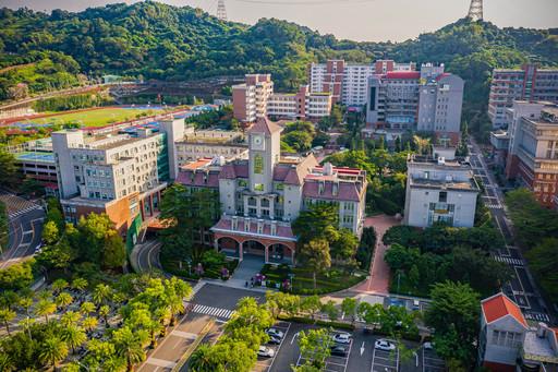 致力永續校園的朝陽科大,進榜綠能大學全球百大,節能績效獲國際肯定。
