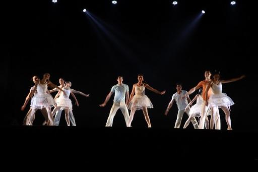 高科大二週年校慶慶祝大會邀請高科大傑出校友、臺南市立文化中心藝術總監、舞蹈家余能盛親自編舞,以最美好的舞作迎接2歲生日