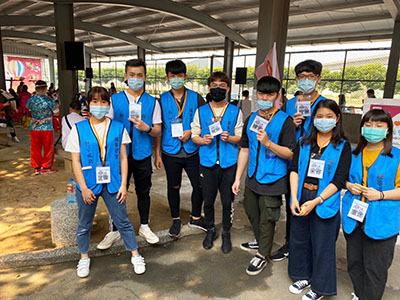 龍華藍鵲志工響應世界唐氏症日,讓愛心不受疫情影響,傳達至每一位參與民眾心中。