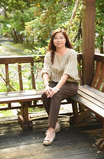 黃向吟校長在興國高中服務超過16年,對校務發展、教學方向及師生互動掌握度高,未來將注入國際思維,以打造六年一貫國際雙語學校為目標。