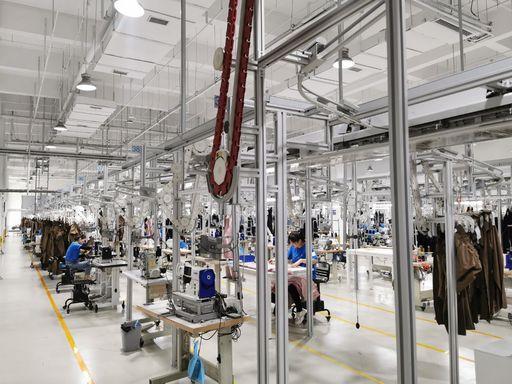 迅犀數字工廠為中小企業提供端到端的全鏈路數字化解決方案,享受由需求驅動的定製化生產服務