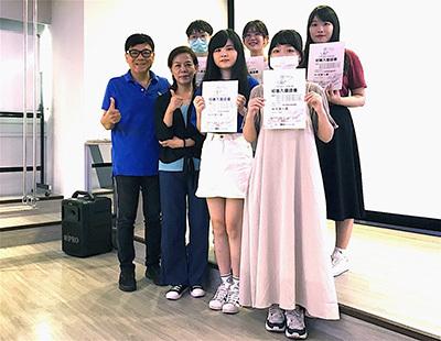 龍華科大梁朝棟老師指導兩組學生團隊,自四百多件作品中雙雙入圍,表現值得嘉許。