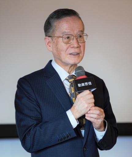 台灣永續能源研究基金會董事長簡又新