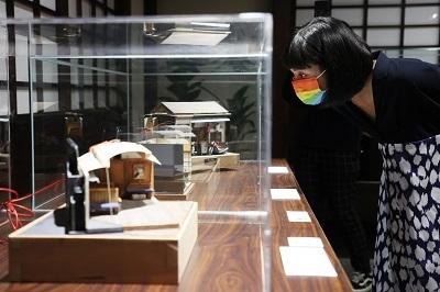 「微縮人生特展」即日起至四月五日於台北華山展出。圖/聯合數位文創提供