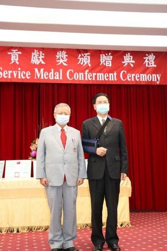 榮獲「外交之友貢獻獎」的中國醫藥大學林昭庚教授獲吳釗燮部長讚譽。