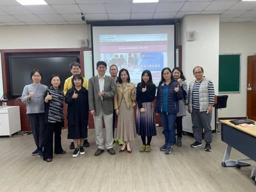 優照護平台夥伴與元培醫大高齡學程師長們洽談合作後合影