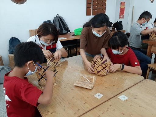 透過DIY讓學童認識竹藝之美