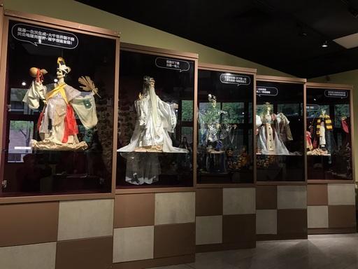 「蘇俊穎木偶劇團十週年特展」中的經典劇目主要角色與經典口白