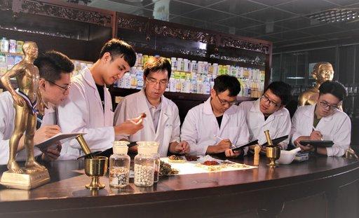 因應疫情,義守大學「110學年度學士後中醫學系招生考試」延期至7月10日辦理。(義守大學提供)