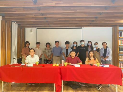 古典新創組決審會議獲獎學生與評審合影