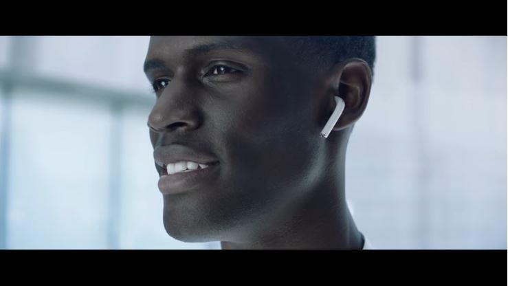 圖/取自Apple YouTube頻道 :Apple – Introducing AirPods
