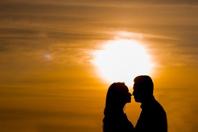 根據Google內部數據,男、女生在西洋情人節搜尋送禮資訊的時間有明顯差異。(圖取自Pixabay圖庫)