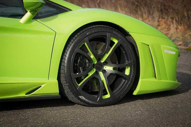 綠黑配色Lamborghini Aventador  好吸睛!