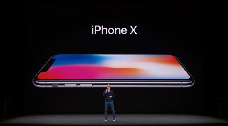 蘋果公司(Apple)發表3款新iPhone,其中包括被稱作是第一代iPhone問世10年來「邁出最大一步」的一款頂級手機。(圖取自蘋果公司官網www.apple.com)