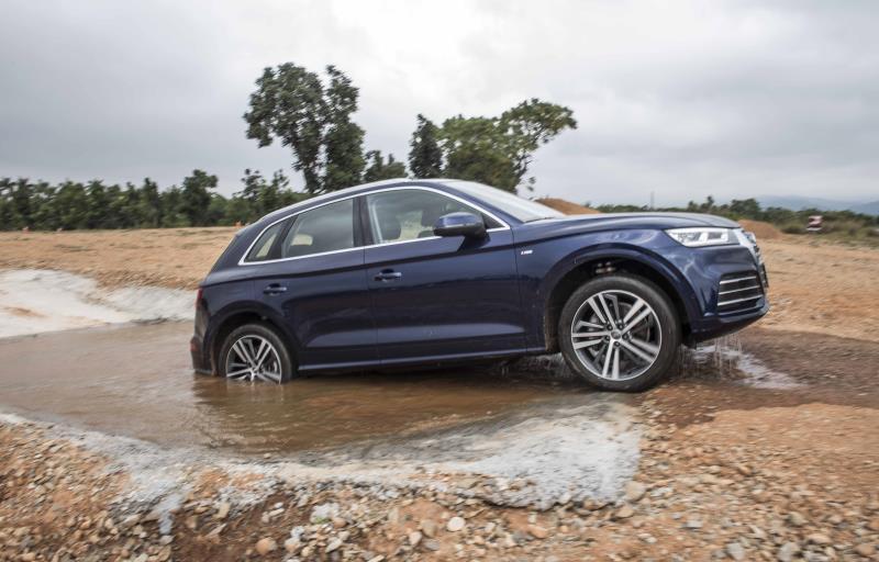 「Audi Driving Experience Center」提供旗下包括Q3、Q5及Q7等Q系列家族作為駕訓課程用車。