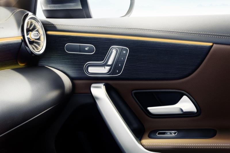 Mercedes-Benz A-Class官方內裝照公開