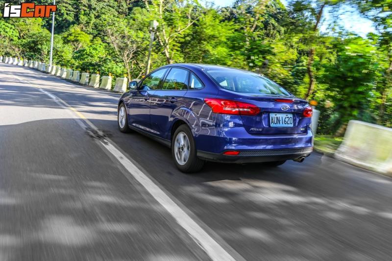 Nissan Sentra、Ford Focus、Mitsubishi Grand Lancer、Toyota Altis X、Hyundai Elantra【編輯真心話】