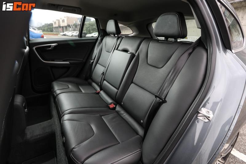 Volvo V60 D3安全旗艦版