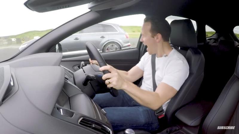 Audi SQ7與Focus RS跨界異種「零四」加速對決