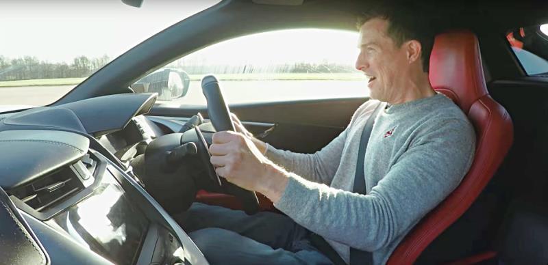 Honda NSX vs Nissan GT-R直線加速對決