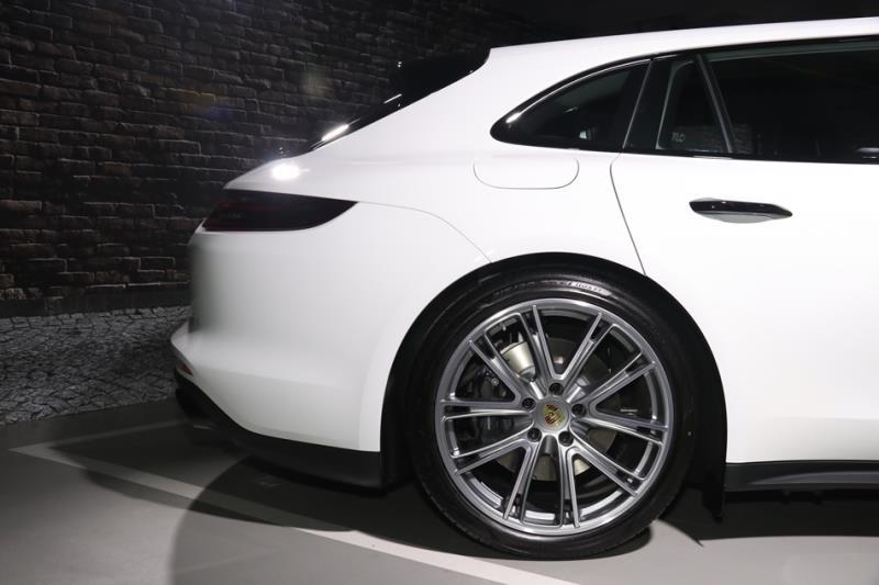 Porsche Panamera Sport Turismo台灣正式亮相
