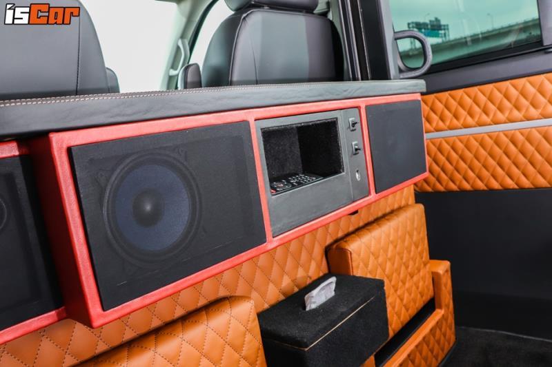 Volkswagen T6 Multivan 隔屏、電視改裝直擊