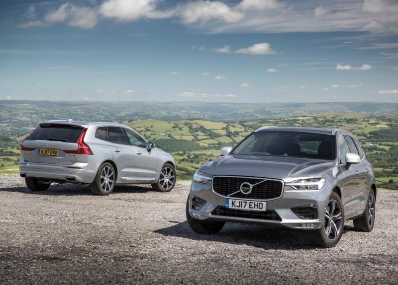 Volvo S60、V40 強化電動/混合動力技術