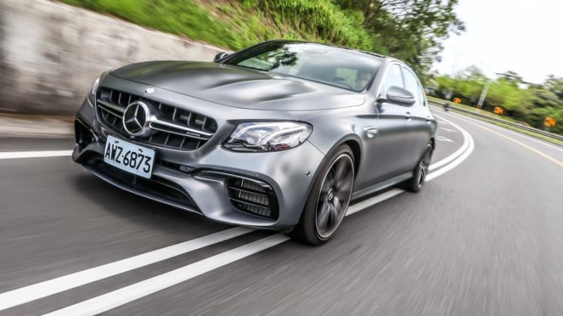 Mercedes-AMG E63 4MATIC+ 【動力操控篇】