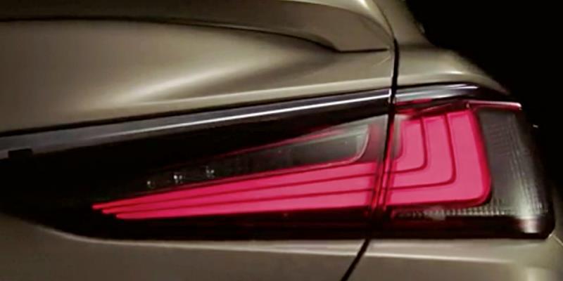 Lexus 釋出第七代 ES廠照  4月25日正式發表