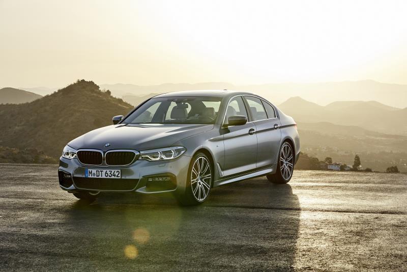 BMW大5系列獲 2018車訊風雲獎「最佳進口大型車」獎