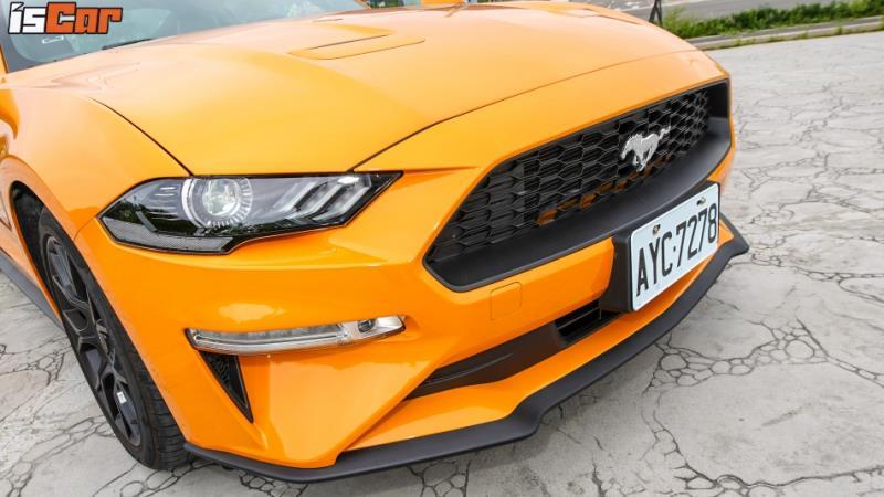 Ford Mustang 二代對決 314hp+6AT x 290hp+10AT