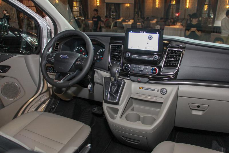 Tourneo Custom旅行家搭載第三代的SYNC系統,可連結Apple Carplay和Android Auto。