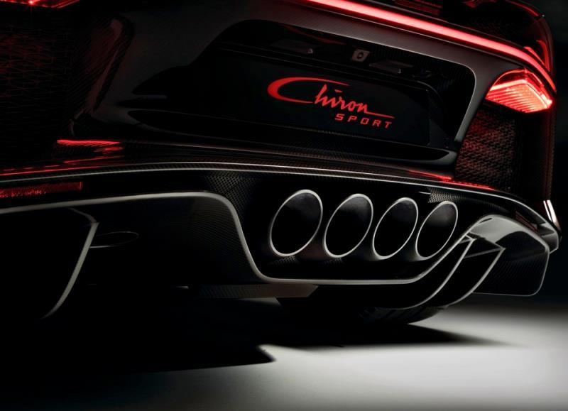 別再說我只會跑直線 Bugatti Chiron Divo「賽道版」開價 1.75 億