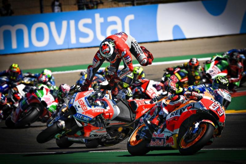 MotoGP 亞拉岡站 Marc Marquez 成功上演帽子戲法