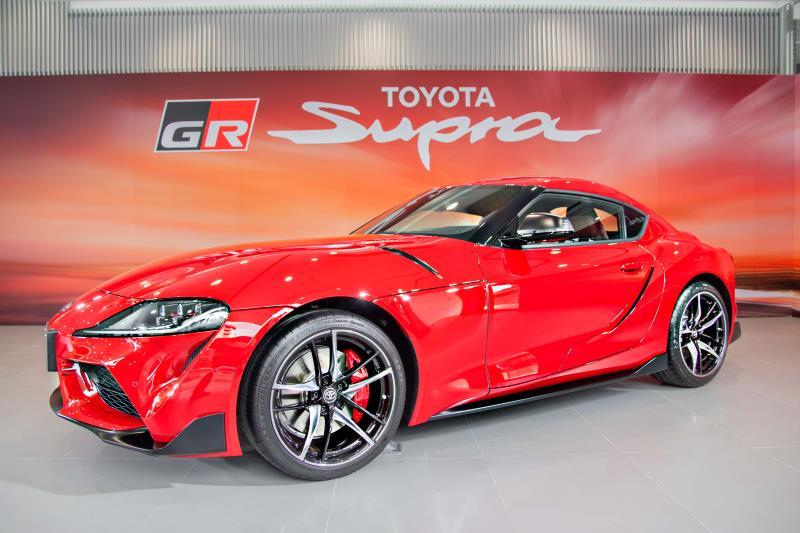 全新GR SUPRA搭載3.0 Turbo 直列六汽缸渦輪增壓引擎及前置後驅傳動配置,並搭配8速自排變速箱,0~100km/h僅4.3 秒。