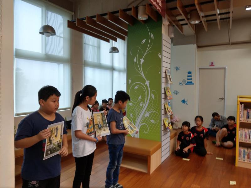 高雄市立圖書館與內門區轄內小學共同舉辦「兒童說故事比賽」活動,鼓勵學童發揮創意並提升閱讀能力。